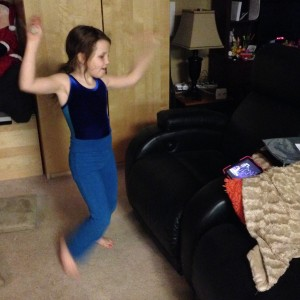 grace dancing to king julien